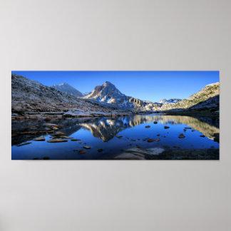 Poster Mt Huxley sobre o lago Saphire - fuga de John Muir