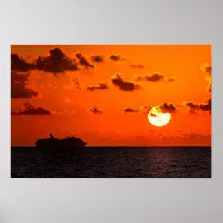 Poster - navio de cruzeiros no nascer do sol -