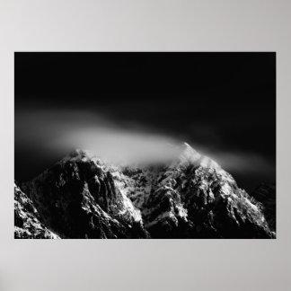Poster Nuvens longas preto e branco da exposição sobre a