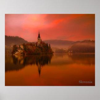 Pôster O lago sangrou o por do sol | a beleza natural de