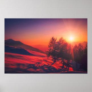 Pôster Por do sol italiano da montanha - vermelho vívido
