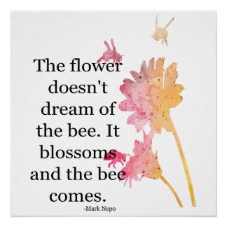 Pôster Poster que a flor não sonha da abelha