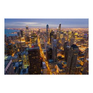 Pôster Skyline do centro de Chicago no crepúsculo