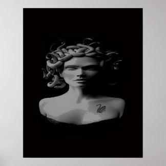poster tattooed preto e branco do medusa pôster