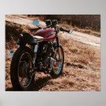 Poster vermelho da motocicleta do piloto do café