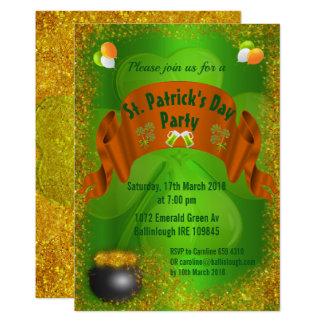 Pote do convite do dia de St Patrick do ouro