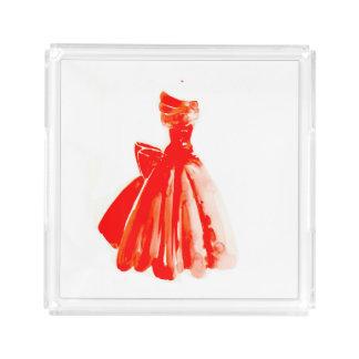 Pouco bandeja vermelha do perfume do vestido