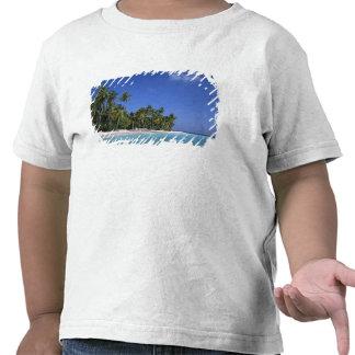 Praia com palmeiras, Maldives T-shirts