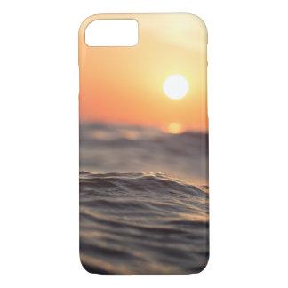 Praia do por do sol - capas de iphone