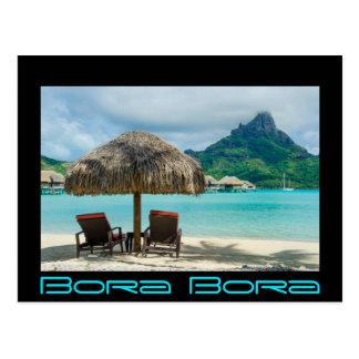 Praia no cartão preto da beira de Bora Bora