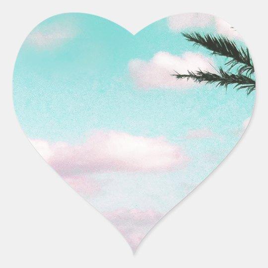 Praia tropical, vista para o mar, nuvens adesivo coração
