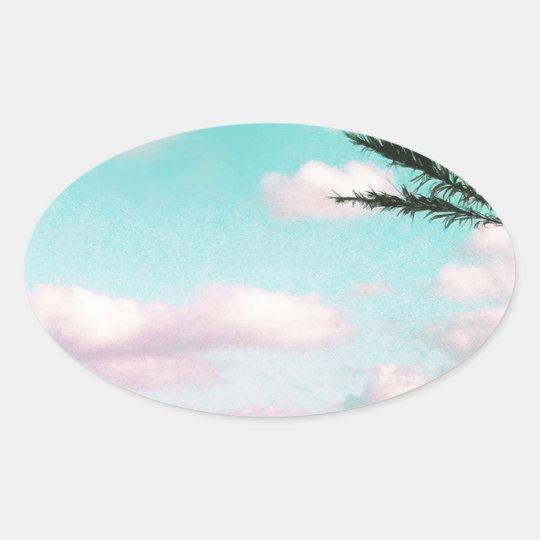 Praia tropical, vista para o mar, nuvens adesivo oval