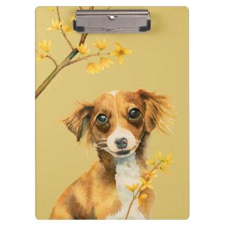 Pranchetas Cão bonito com ilustração da aguarela do Forsythia