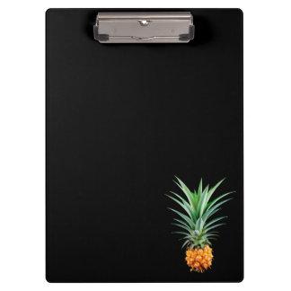 Pranchetas fundo preto minimalista elegante do abacaxi  