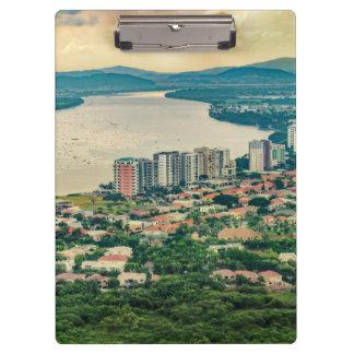 Pranchetas Ideia aérea do subúrbio de Guayaquil do plano