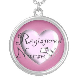 Prata esterlina da colar da enfermeira diplomada