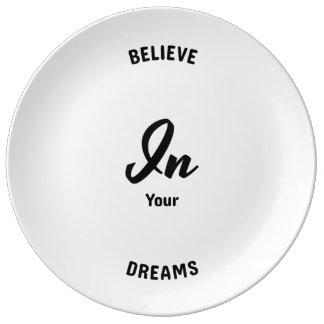 Prato Acredite em seus sonhos