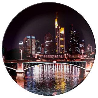 Prato Arquitectura da cidade de Francoforte na noite