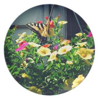 Prato Borboleta amarela com foto das flores
