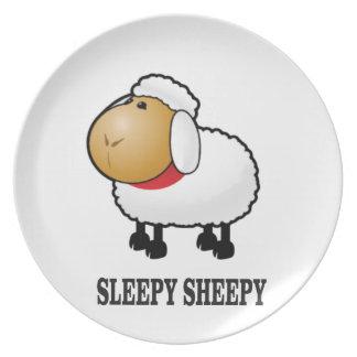 Prato carneiros sonolentos