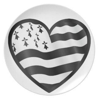 Prato Coração com bandeira de Bretin para dentro