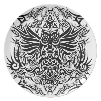 Prato Coruja tribal do tatuagem