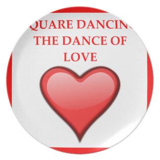 Prato dança quadrada