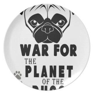 Prato De Festa a guerra para o planeta dos pugs refrigera o cão