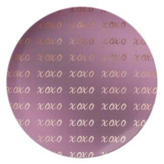 Prato De Festa a tipografia cor-de-rosa do ouro do falso abraça e