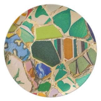 Prato De Festa Azulejos verdes de Parc Guell na espanha de