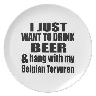 Prato De Festa Cair com meu Tervuren belga