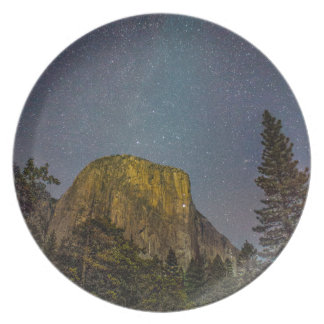 Prato De Festa Céu nocturno do EL Capitan do vale de Yosemite