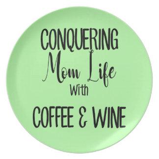 Prato De Festa Conquistando MomLife no café & no vinho