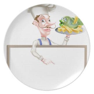 Prato De Festa Cozinheiro chefe que guardara o peixe com batatas