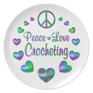 Prato De Festa Crocheting do amor da paz