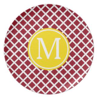 Prato De Festa Estrutura vermelha e branca com monograma amarelo