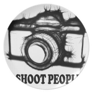 Prato De Festa Eu disparo em pessoas