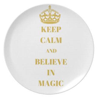 Prato De Festa Mantenha a calma e acredite-a na mágica