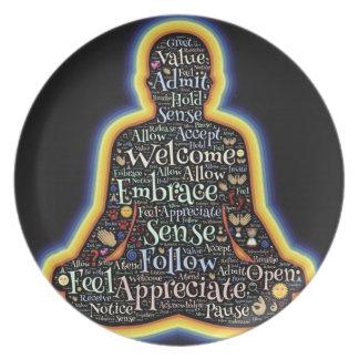 Prato De Festa Meditação e tudo é