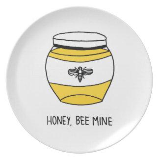 Prato De Festa Mel, mina da abelha