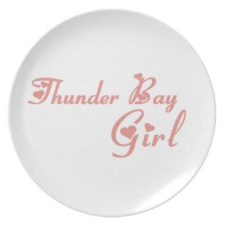 Prato De Festa Menina de Thunder Bay