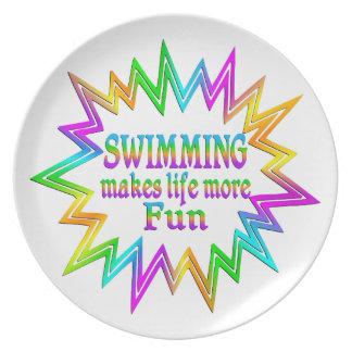 Prato De Festa Nadando mais divertimento