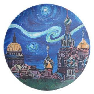 Prato De Festa Noite estrelado em St Petersburg Rússia
