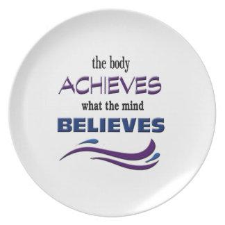 Prato De Festa O corpo consegue, mente acredita