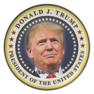 Prato De Festa O ouro da inauguração de Donald Trump Stars a