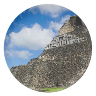 Prato De Festa Ruína maia de Xunantunich em Belize