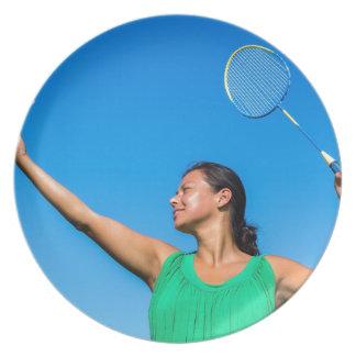 Prato De Festa Saque colombiano da mulher com raquete de