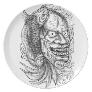 Prato De Festa Tatuagem de conexão em cascata da água dos peixes