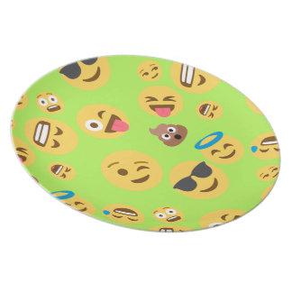 Prato De Festa Teste padrão engraçado de Emoji (verde)