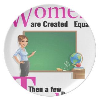 Prato De Festa Todas as mulheres são semelhante criado então que